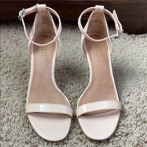 Halogen patent leather nude ankle strap heels